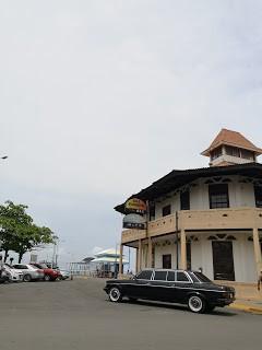 Antigua-Capitania-del-Puerto.-COSTA-RICA-300D-MERCEDES-LANG-LIMOUSINE.jpg