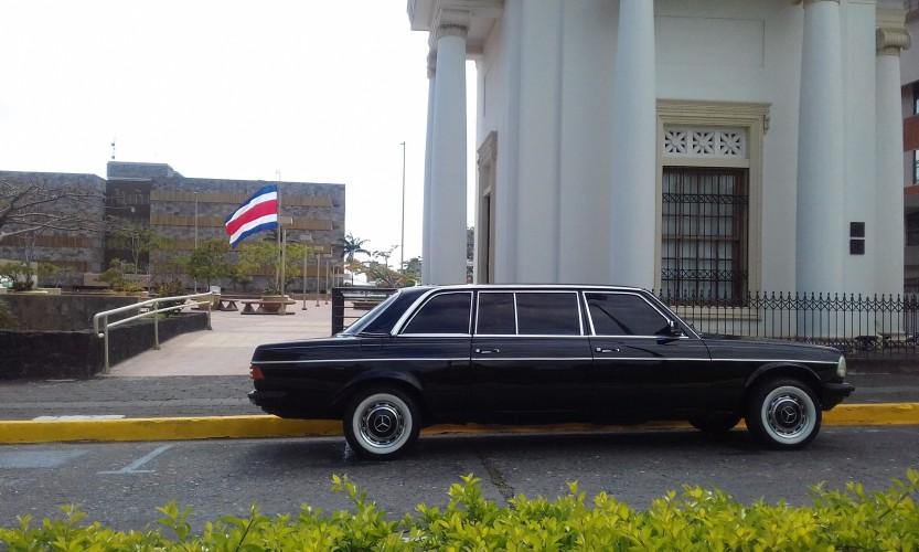 Supreme-Court-Justice-building-San-Jose-Costa-Rica-LANG-W123-LIMO-LWB.jpg
