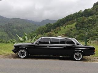 Tapanti--Cartago..COSTA-RICA-MERCEDES-LIMOUSINE-W123.jpg