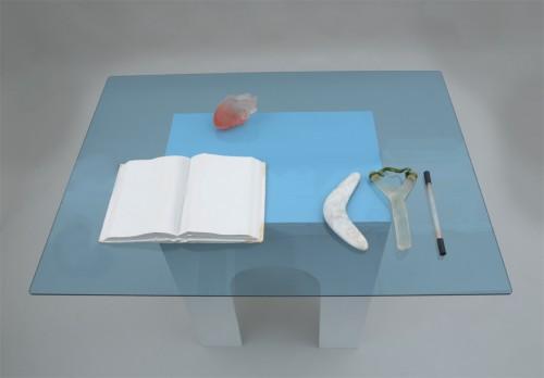 Träpodium, Glas      Woodenpodium /Glass 110*80*90 cm 2010 Build / Assemblage  Foto:Susanne Hesselberg
